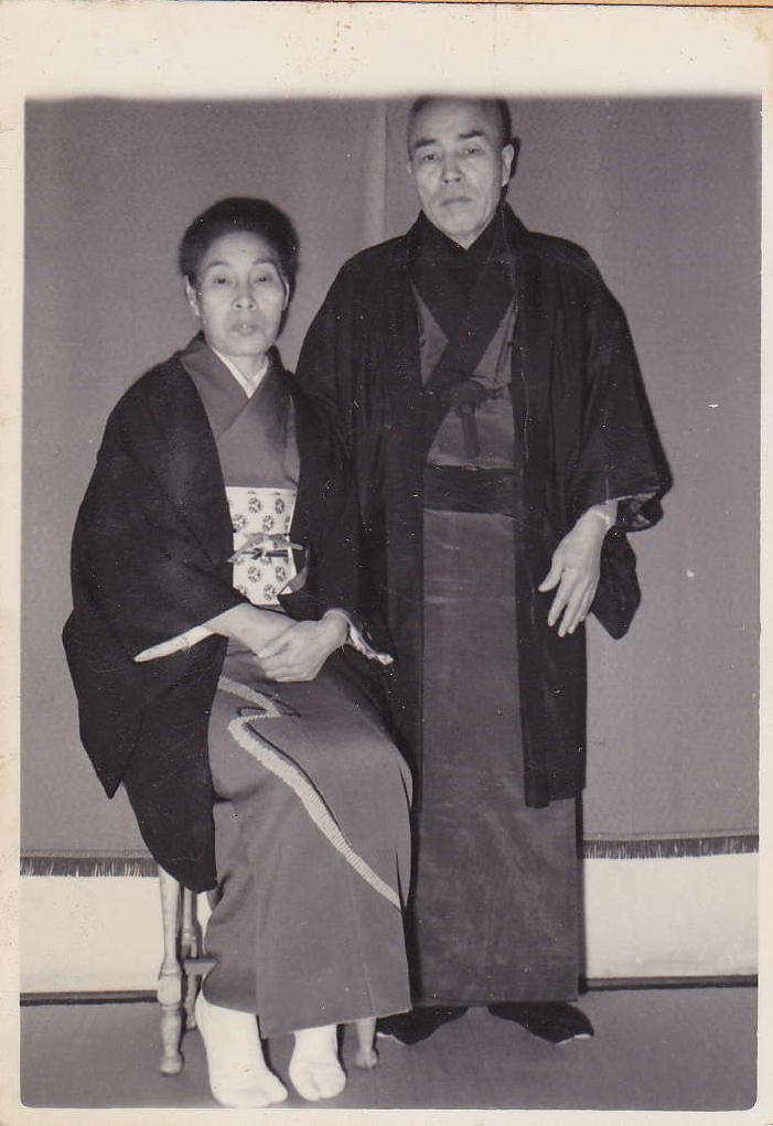 創業者 岡野松野・友次郎夫妻